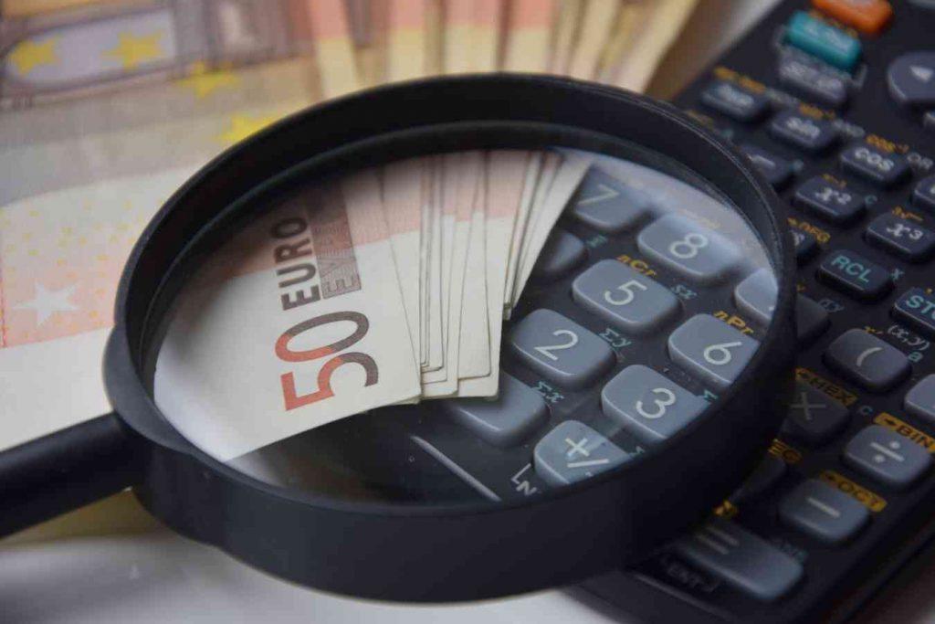 advantages-of-e-commerce-Reduces-Cost