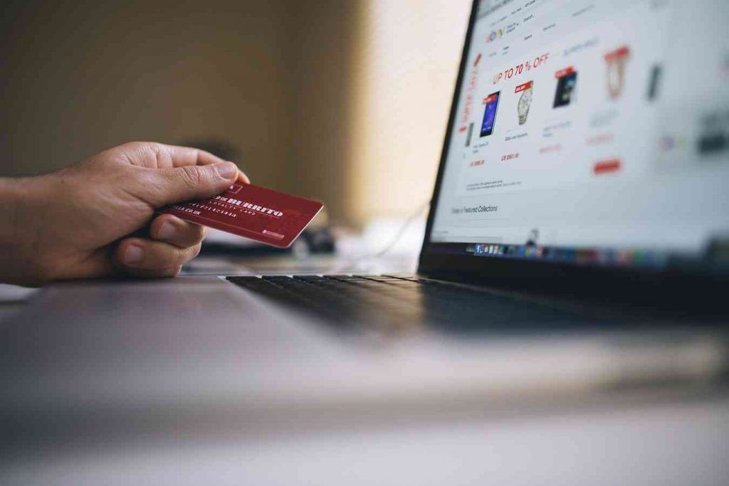 privacy-and-security-issues-in-e-commerce-privacy